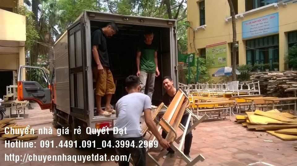 Dịch vụ chuyển nhà trọn gói Quyết Đạt tại phố Nguyễn Đình Hoàn